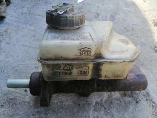 В хорошем состоянии главный тормозной цилиндр для бмв.