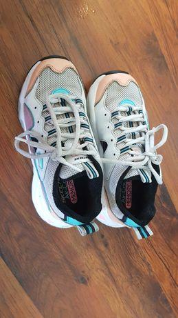 Продам б/у кроссовки для девочки Sketchers - 20 см