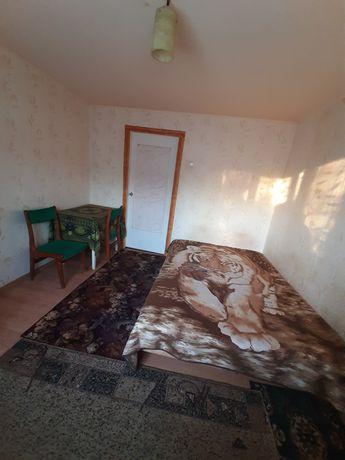 Срочно сдам 1к. малогабаритную квартиру на Алмазном