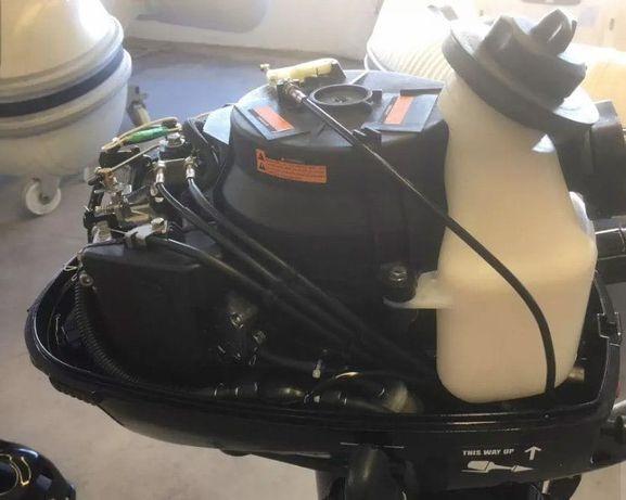 Motor fora de borda 4 T com 6 CV