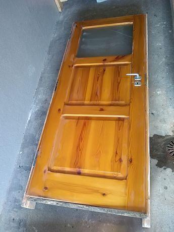 Sprzedam drzwi drewniane lewe 80cm z ościeżnicą