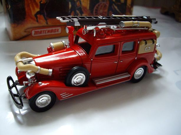 Matchbox Model Of Yesteryear Cadillac Fire Wagon