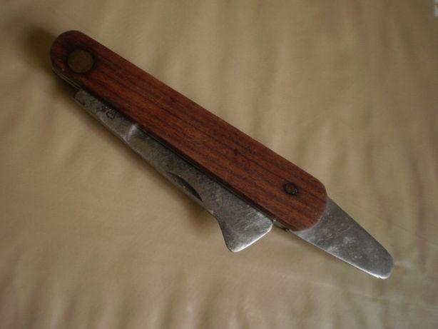 Canivete6, Marca Corneta, colecção particular.