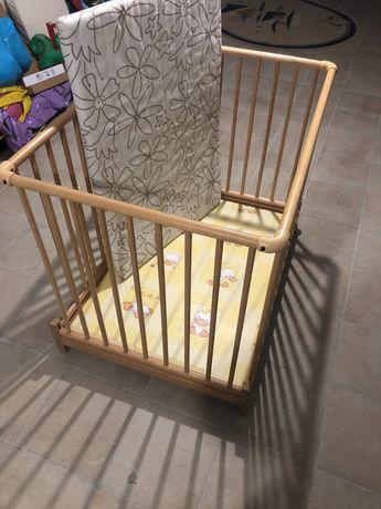 Kojec drewniany dla dziecka