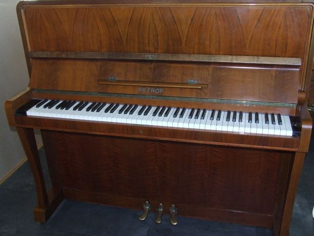 Pianino Petrof 127 cm wysok. centralna Polska