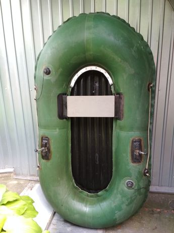 Лодка надувная резиновая Нырок 1 насос сидение без вёсел  надувное дно