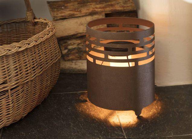 Lampa solarna ogień Kominek słoneczny z realistycznym efektem płomieni