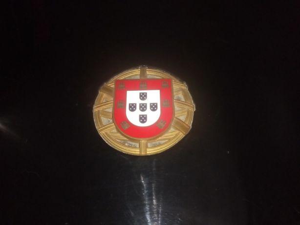 Caixa antiga para moedas