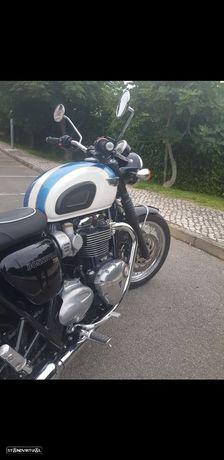 Triumph Bonneville Bonnevile T120