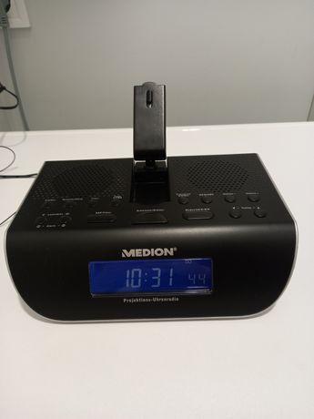 Радиочасы Medion с проектором