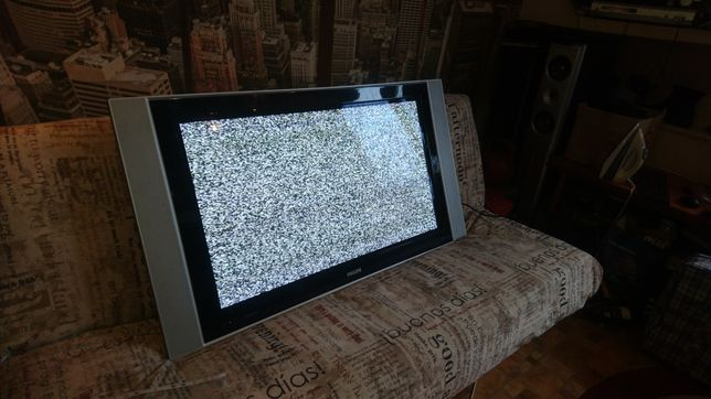 Продам телевизор philips б/у