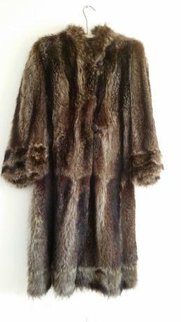 casaco em pele comprido