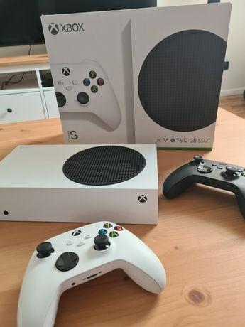 Xbox series S + 2 pady na gwarancji