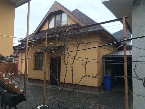 Будинок в мікрорайоні Паланок