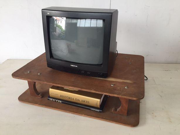 Gabinete de Tv - móvel vintage anos 60/70
