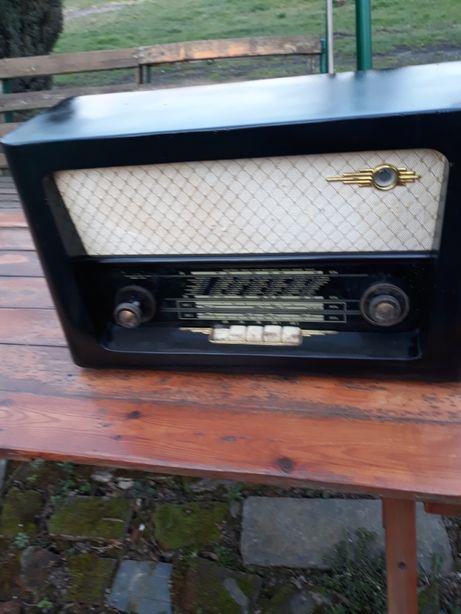 Radio zabytek staroć
