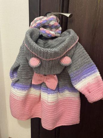 Комплект  Пальто жекет шапка хомут кардиган вязаний