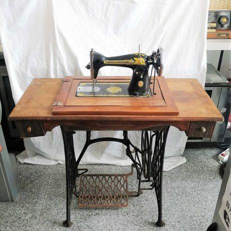 Máquina Costura + Móvel Singer NL-K