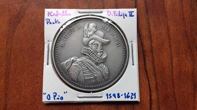 Medalha de Prata de D. Filipe II, O Pio