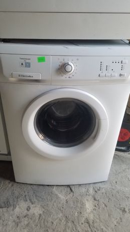 Стиральная машинка автомат Electrolux EWP 126100 W