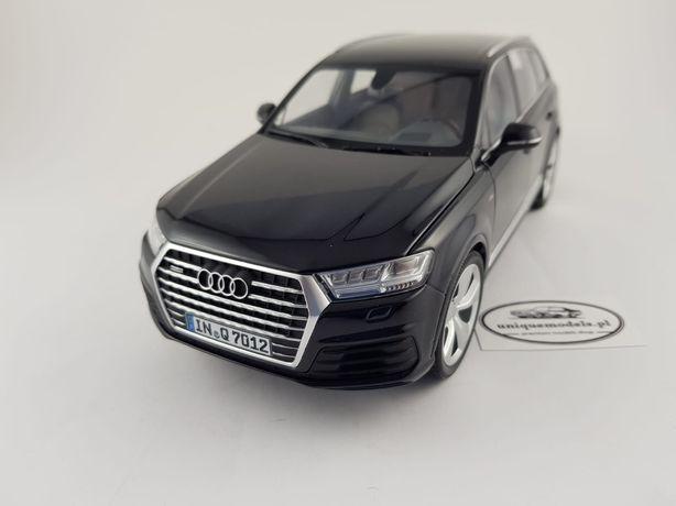 Audi Q7 czarny kolor Minichamps 1 18