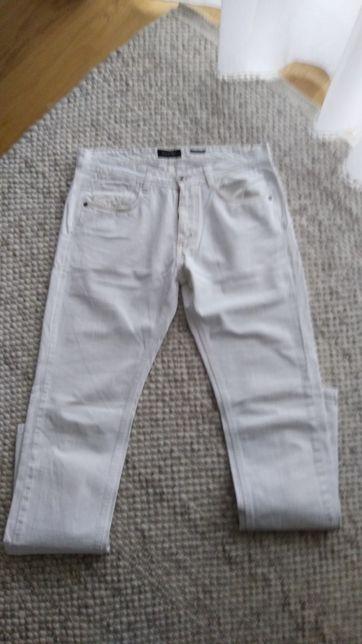 Spodnie massimo w idealnym stanie