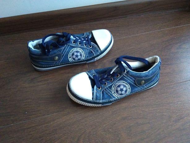 Кеды, макасины, спортивная обувь р36