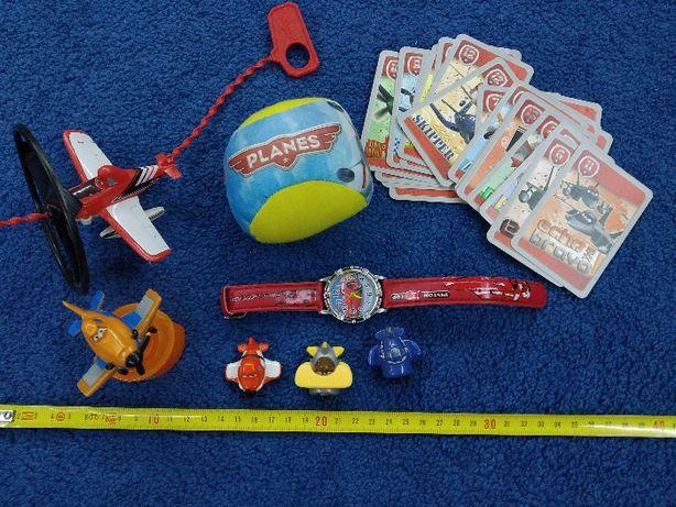 Zestaw zabawek z bajki Samoloty Planes Zegarek Piłka i inne