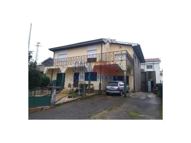 Moradia V5 em Vila de Prado - Braga