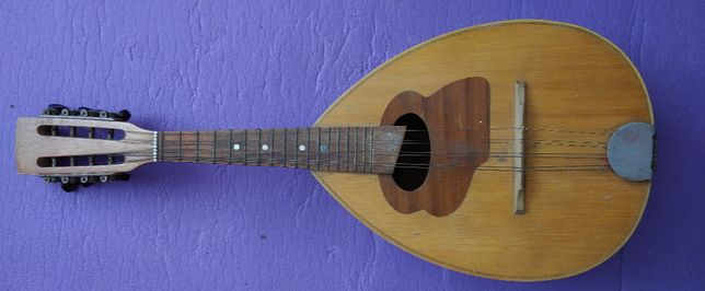 Sprzedam mandolinę z 1989 r.