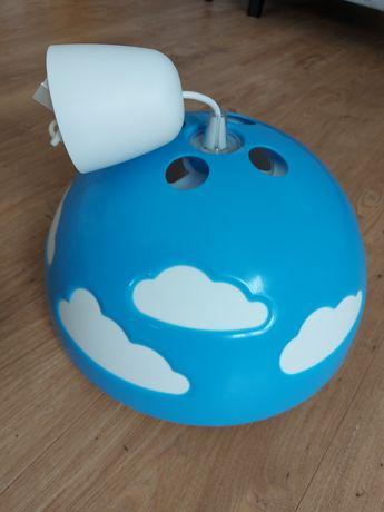 Lampa do pokoju dziecięcego niebieska chmury IKEA