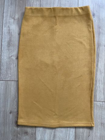 Желтая юбка-карандаш, С