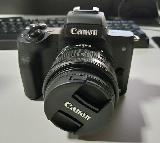 Máquina Fotográfica – Canon EOS M50 - Kit Youtuber