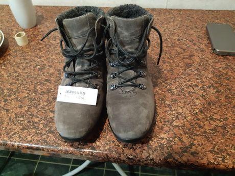 Новые немецкие ботинки