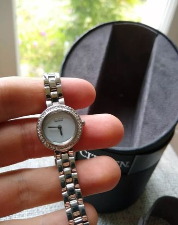 Relógio de senhora CITIZEN Eco Drive, absolutamente novo na caixa