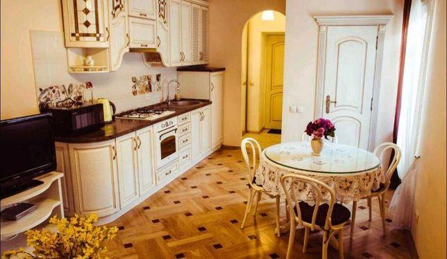 Центр міста кухня-вітальня+спальня в. Галицька-пл.Катедральна євроремо