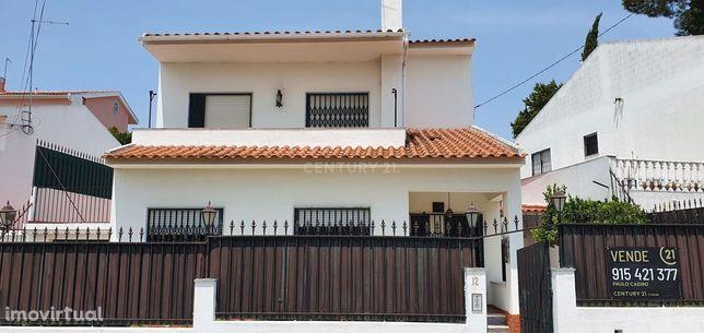 Moradia T3 com garagem - Charneca da Caparica /Quintinhas