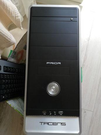 Komputer - bez twardego dysku (monitor, głośniki, klawiatura gratis)