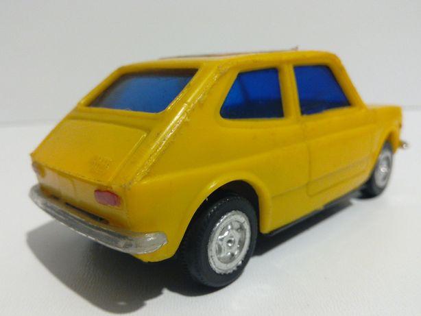 stara zabawka PRL FIAT 127 stare zabawki czz 125 126 retro zabytek