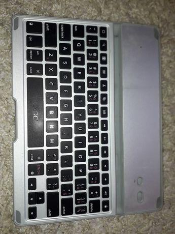 Nakładka z klawiaturą do iPad 2/3/4 ZAGGkeys PRO - srebrna
