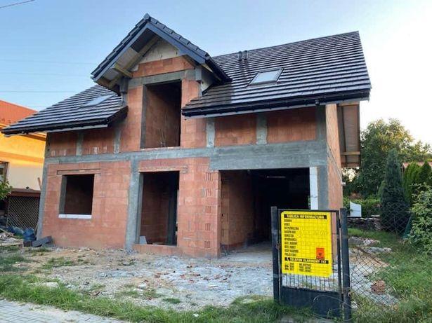 Budowa domow fundamety plyty kondygnacje stropy dachy