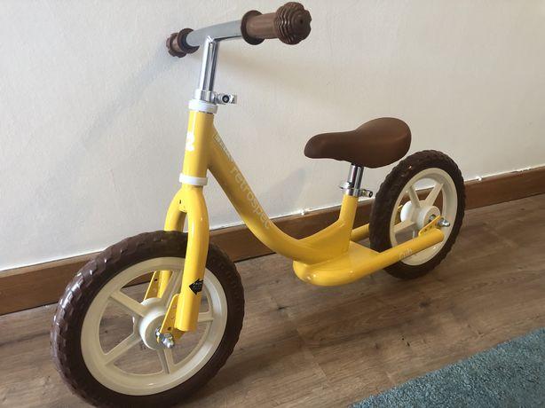 Bicicleta sem pedais - treino de equilibrio.