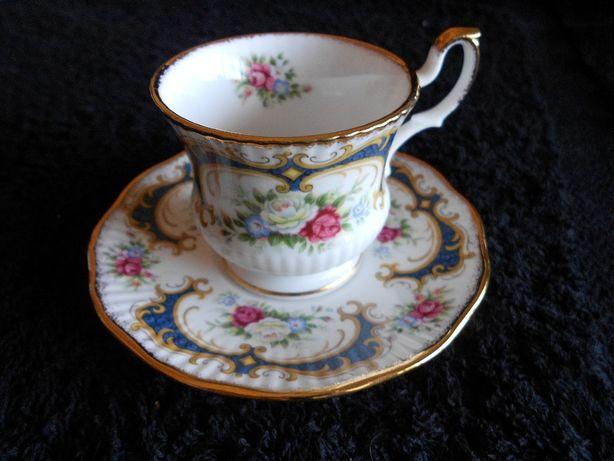 Chávena - Queen`s Fine Bone China (Made in England)