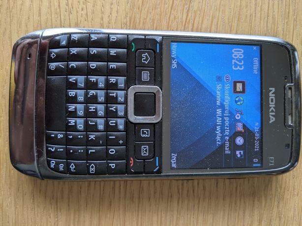 Nokia E71, QWERTY, bez simlocka, klasyczny telefon wysokiej klasy.