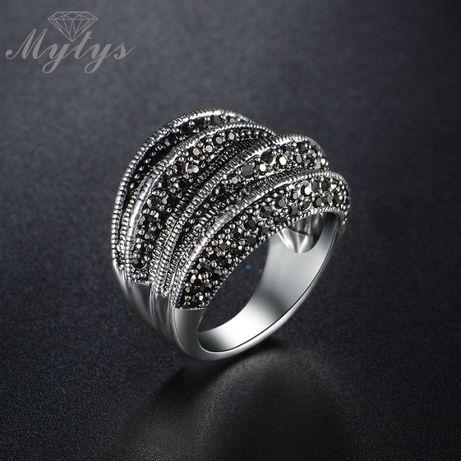 Большое кольцо, перстень