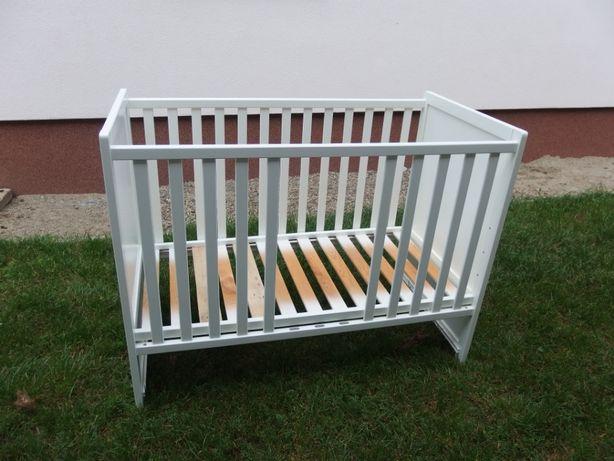 Białe łóżeczko dziecięce z szuflada 60x120