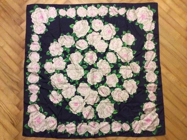 Большой шелковый платок в цветочный принт!