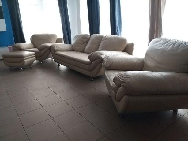 Zestaw wypoczynkowy KLER: sofa, dwa fotele, pufa