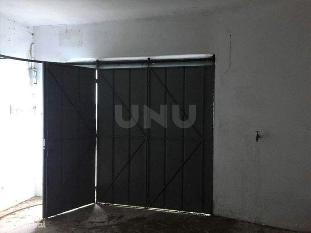 Garagem fechada em Celas - Coimbra, para venda
