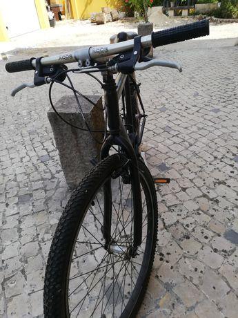 Bicicleta  com mudanças tipo de ciclista